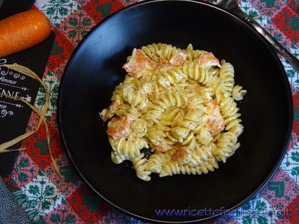Pasta con panna e carote